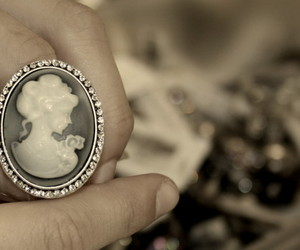 cameo and ring image