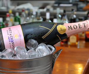 champain, rose, and moet image