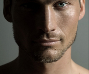 andy whitfield and spartacus image
