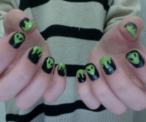 alien, nails, and grunge image