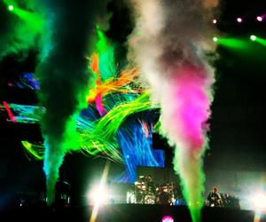 awesome, colorful, and Dominic Howard image