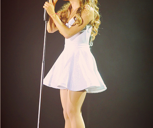 ariana grande, perfect, and concert image