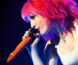 paramore, hayley williams, and pink hair image