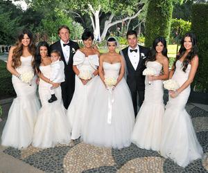 wedding, kim kardashian, and kardashian image