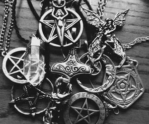 necklace, crystal, and pentagram image