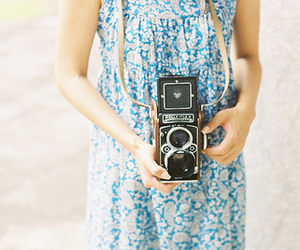 camera, vintage, and girl image