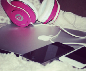 apple, laptop, and beats image