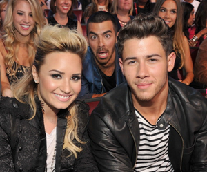 demi lovato, nick jonas, and Joe Jonas image