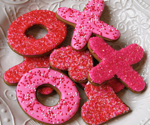 pink, Cookies, and xoxo image
