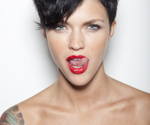pretty, red lips, and short hair image
