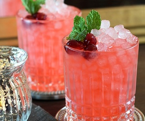 drink, cocktail, and cranberry image