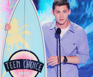 logan lerman, teen choice awards, and tca image
