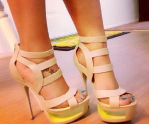 heels, high heels, and nail polish image