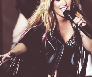 beautiful, concert, and demi lovato image
