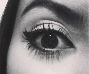 delineador, eye liner, and eyebrows image