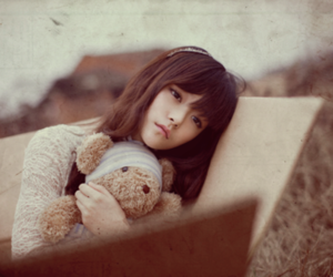 girl, ulzzang, and sad image