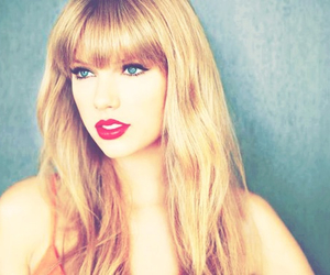 blonde, pretty, and red lips image