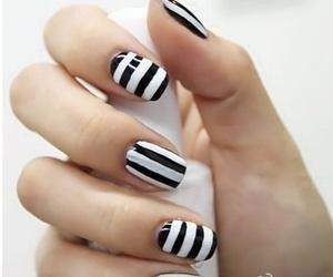 nail polish and miss lareen image