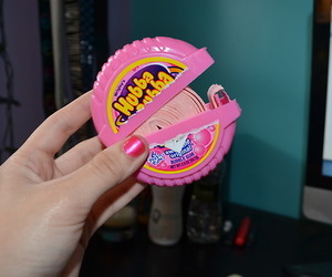 hubba bubba, gum, and pink image