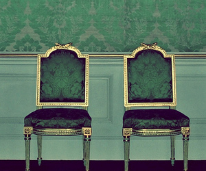 green and chair image
