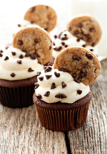 Cupcakes Via Tumblr Discovered By Thaliax3 On We Heart It