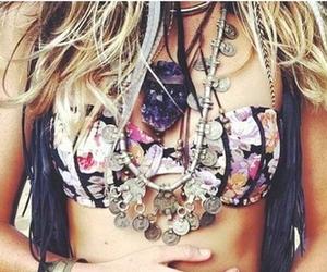 fashion, girl, and jewelery image