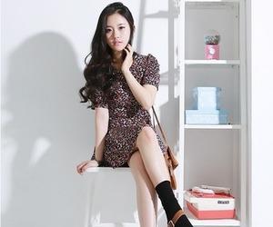 girl, korean, and baek sumin image