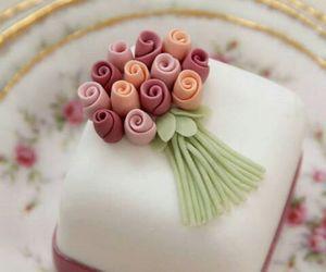 beautiful and cake image