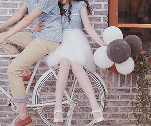 <3, asian, and balloon image