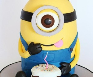 cake and minions image