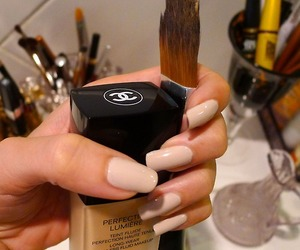 beauty, girly, and chanel image
