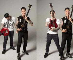avenged sevenfold, a7x, and synyster gates image