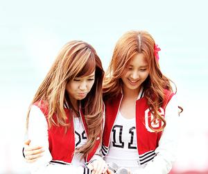 seohyun, jessica, and snsd image