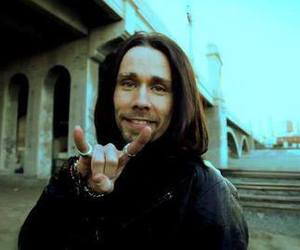 alter bridge, bad, and fingers image