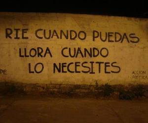 accion poetica and cry image