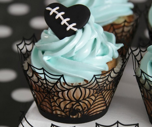 cupcake, Halloween, and food image