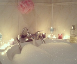 bath, bubbles, and candle image