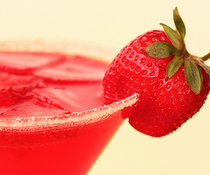 strawberry, drink, and red image