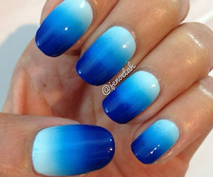 nails, blue, and ombre image