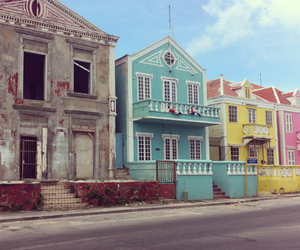colors, contrast, and Houses image