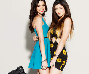 kylie jenner, jenner, and sisters image