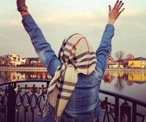 hijab, muslim, and beauty image