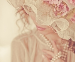beautiful, classy, and pale pink image