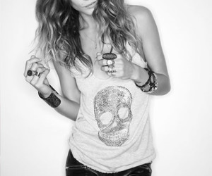 fashion, black and white, and Erin Wasson image