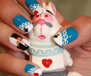 alice and nails image