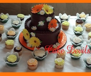 wedding cupcakes, chocolate wedding cake, and floral wedding cake image