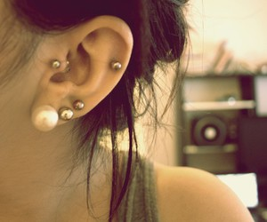 earrings, pierced, and tragus image