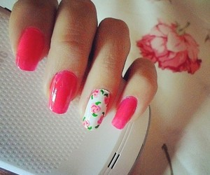 pretty nails image
