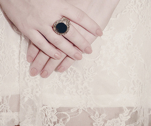 ring, vintage, and girl image