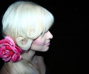 blonde, hair, and flower image